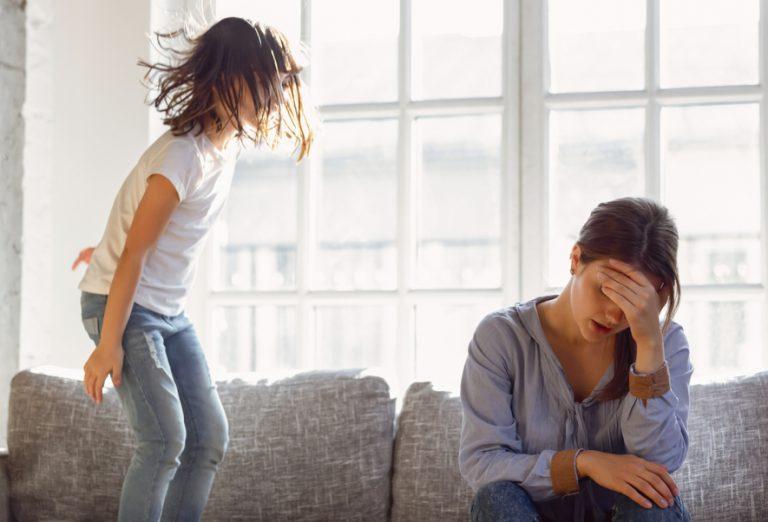 Geen goede moeder niet blije moeder irritant kind deprimerend depressie druk kind deprimerende gedachten moe